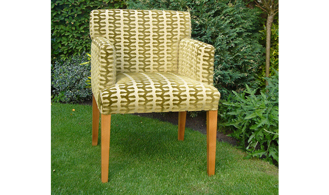 The Blade Chair - Brackley, Northampton and Oxfordshire